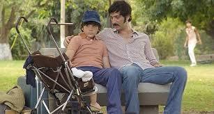 Luis/ Ernesto et son oncle [con su tío)