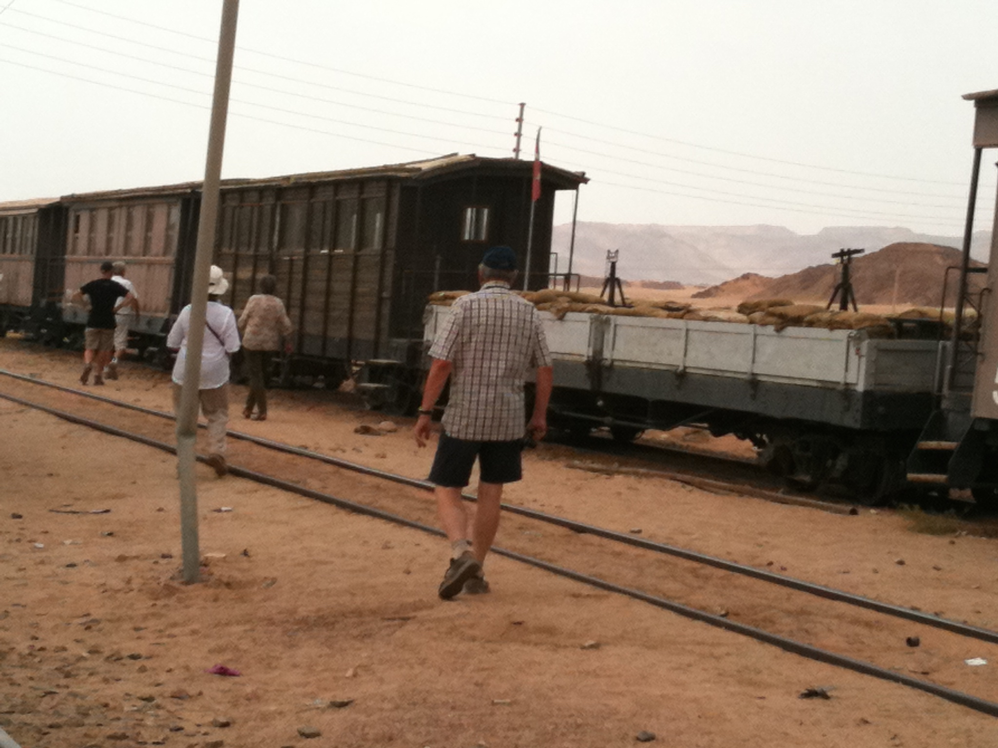 Sur la voie ferrée, train- musée de la saga de Lawrence